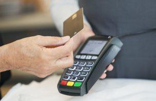 Cadernetas, cartões e pagamentos eletrónicos. Sabe o que vai mudar já este sábado?