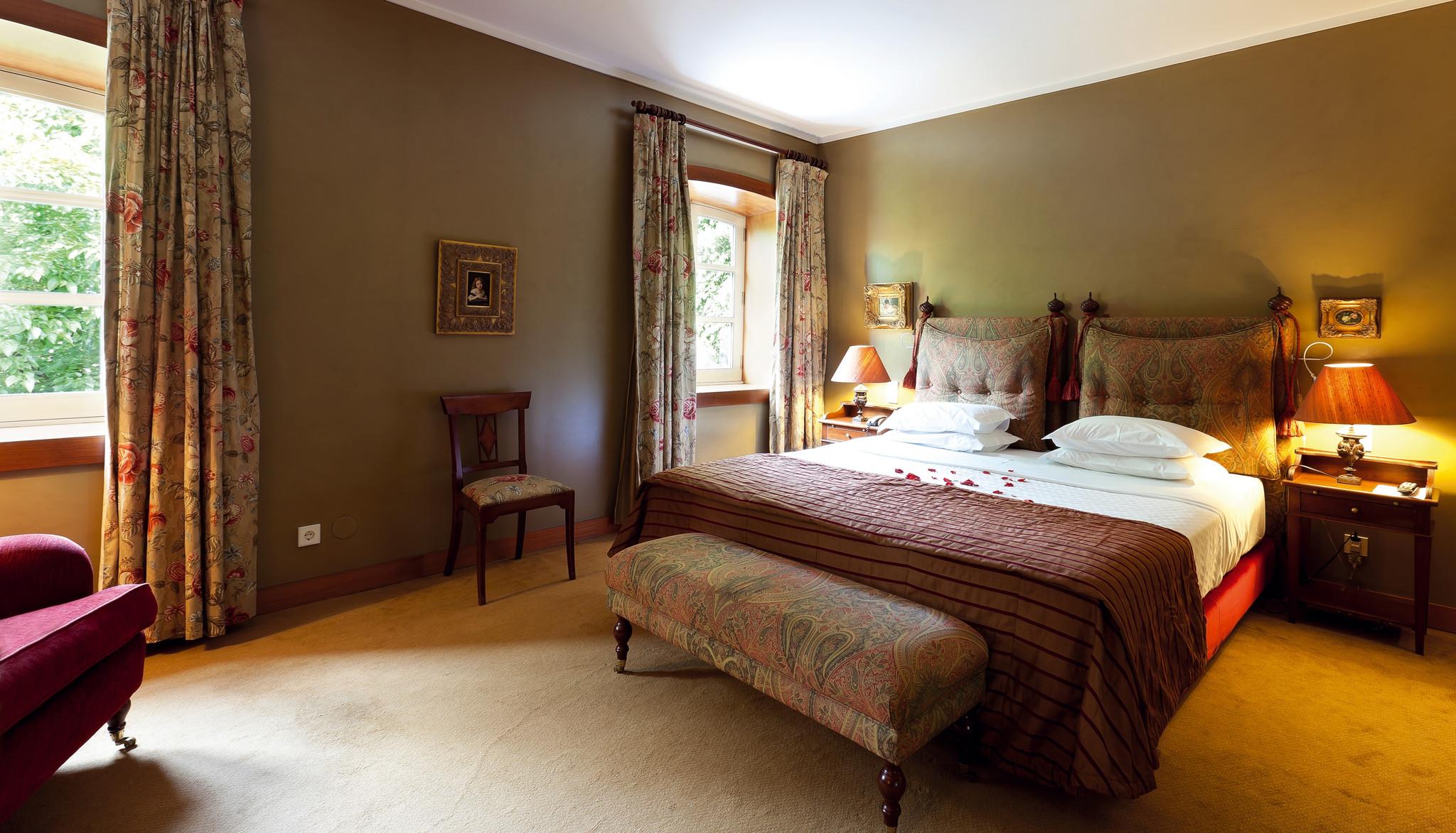 Casa Calcada Deluxe Room.jpg