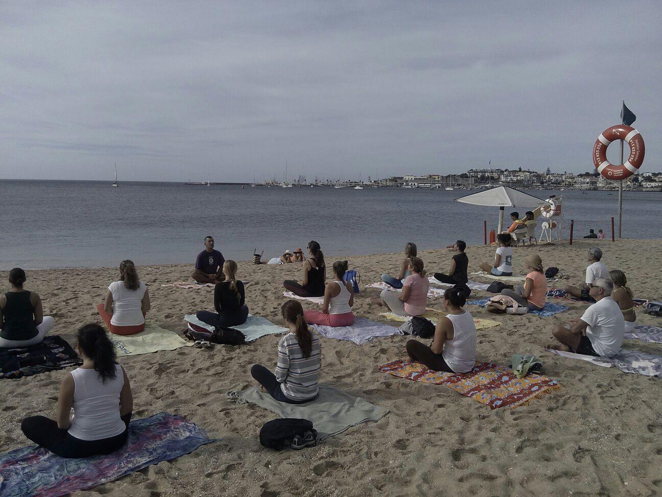 ioga praia da moitas em cascais 06.jpg