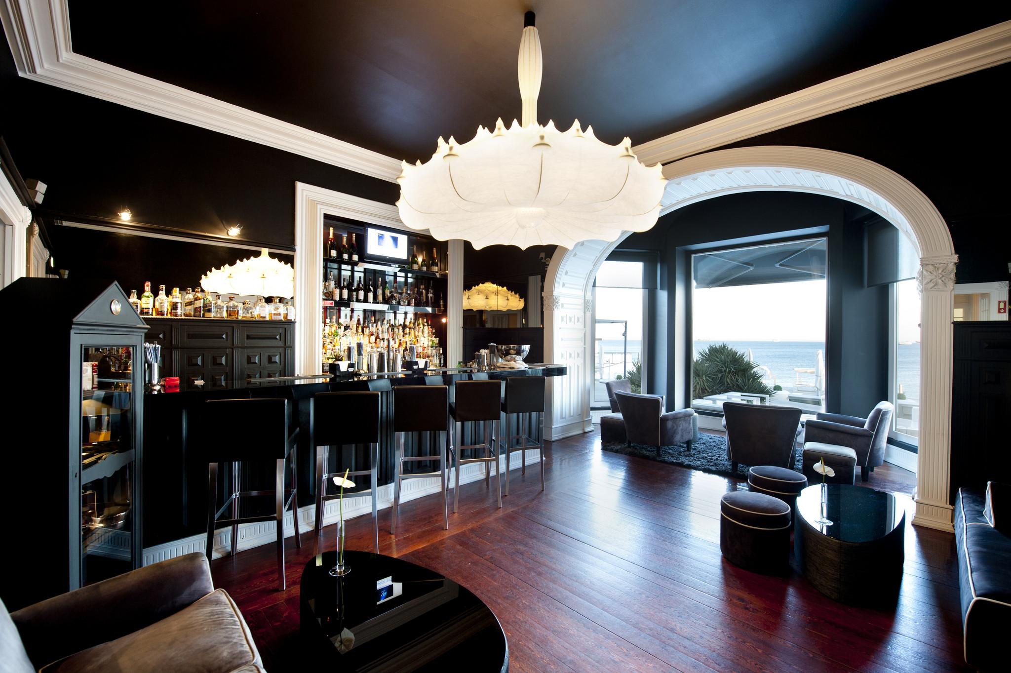 Farol Hotel Bar.jpg