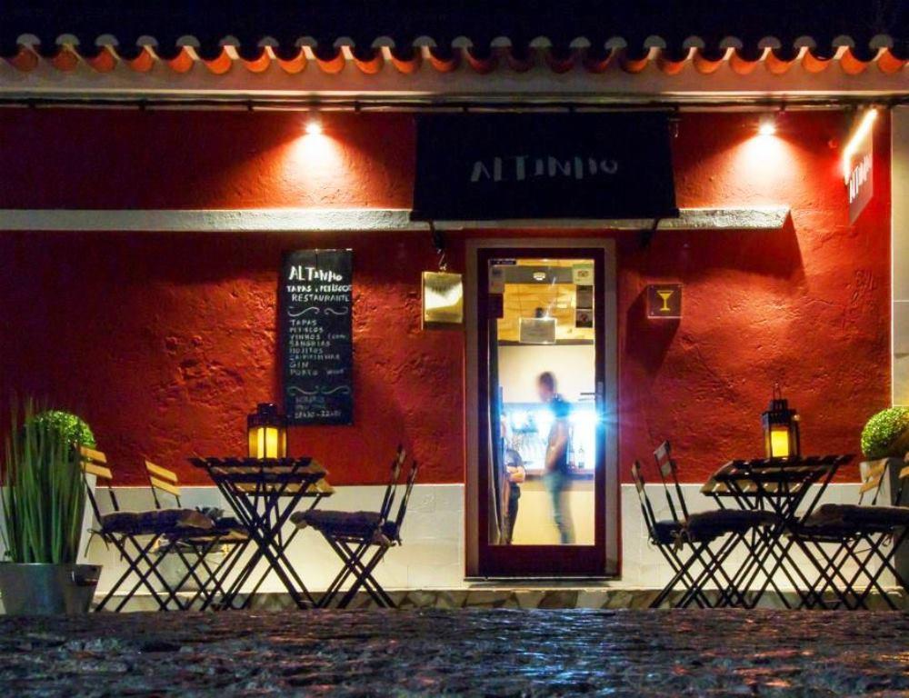 Altinho Tapas e Petiscos - Bistro 01.jpg