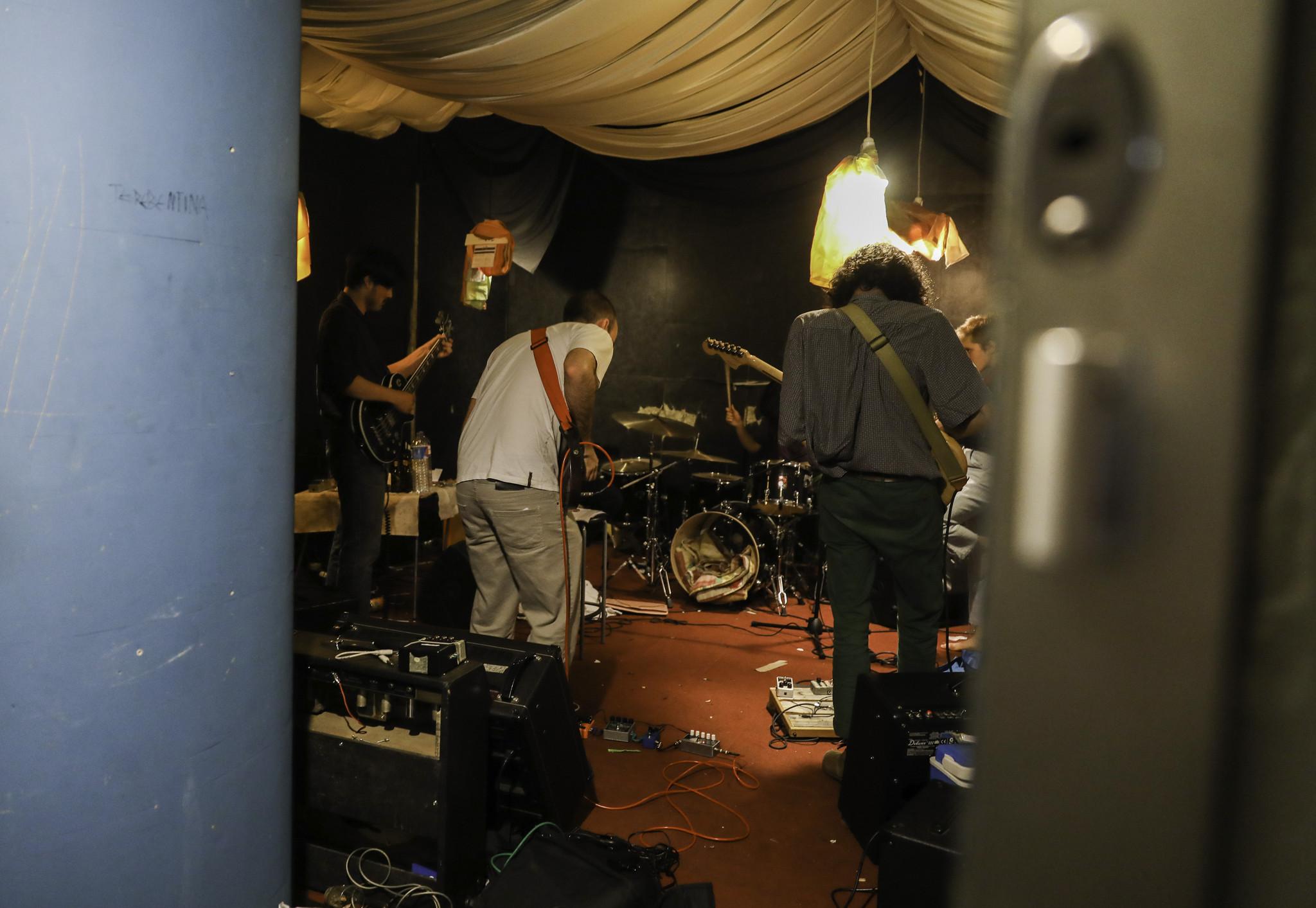 LM-Músicos Stop 12-10-18.JPG