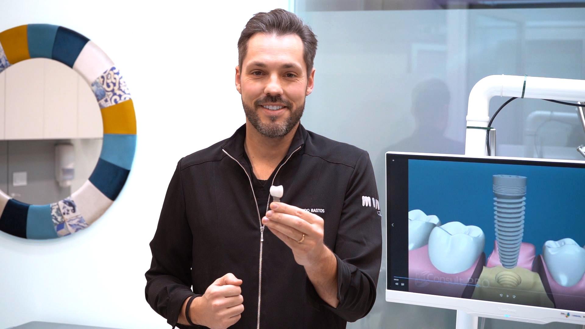 implantes dentários dr. eduardo bastos.jpg
