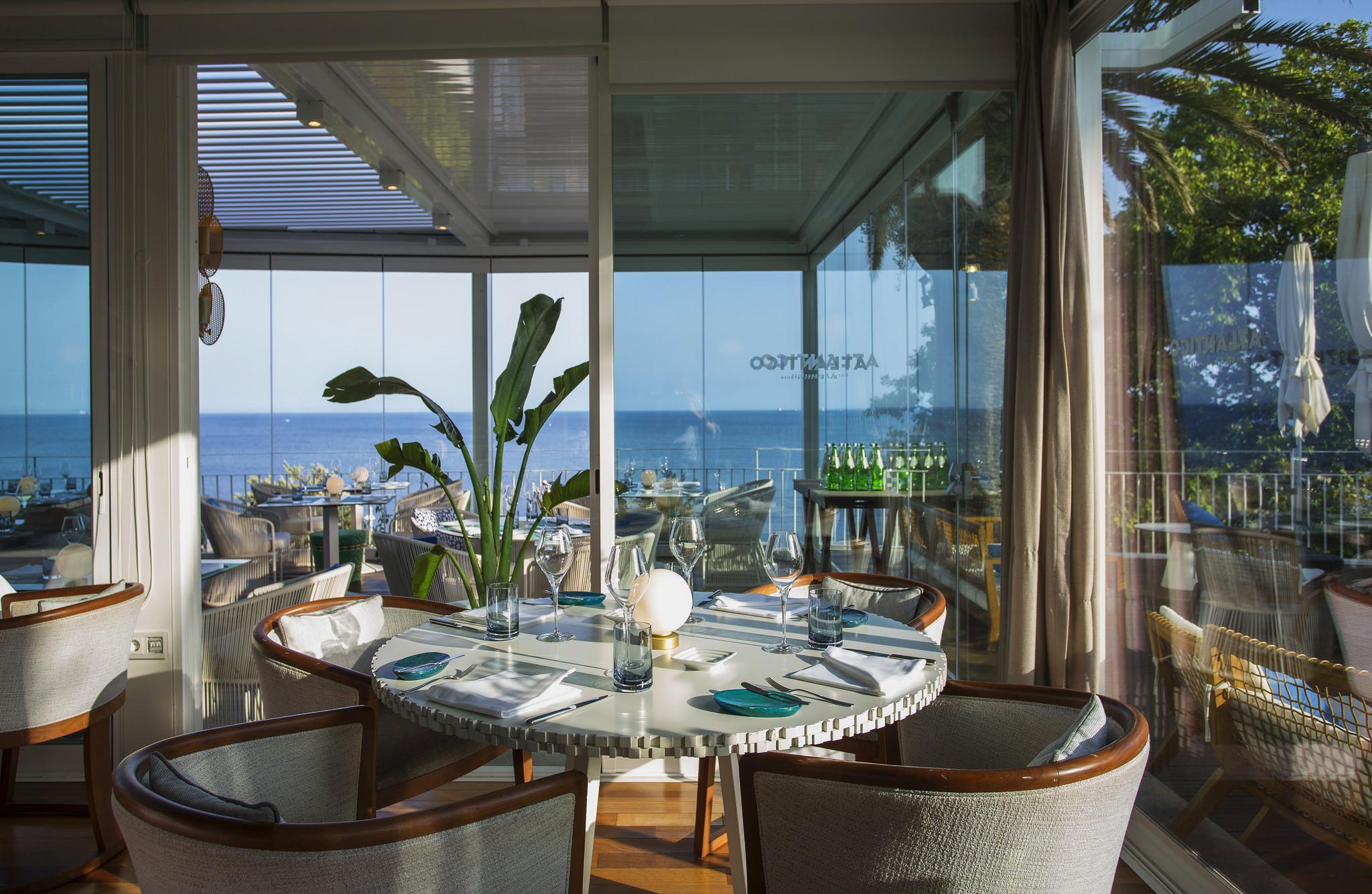 Miguel Laffan at Atlântico Bar & Restaurante.jpg