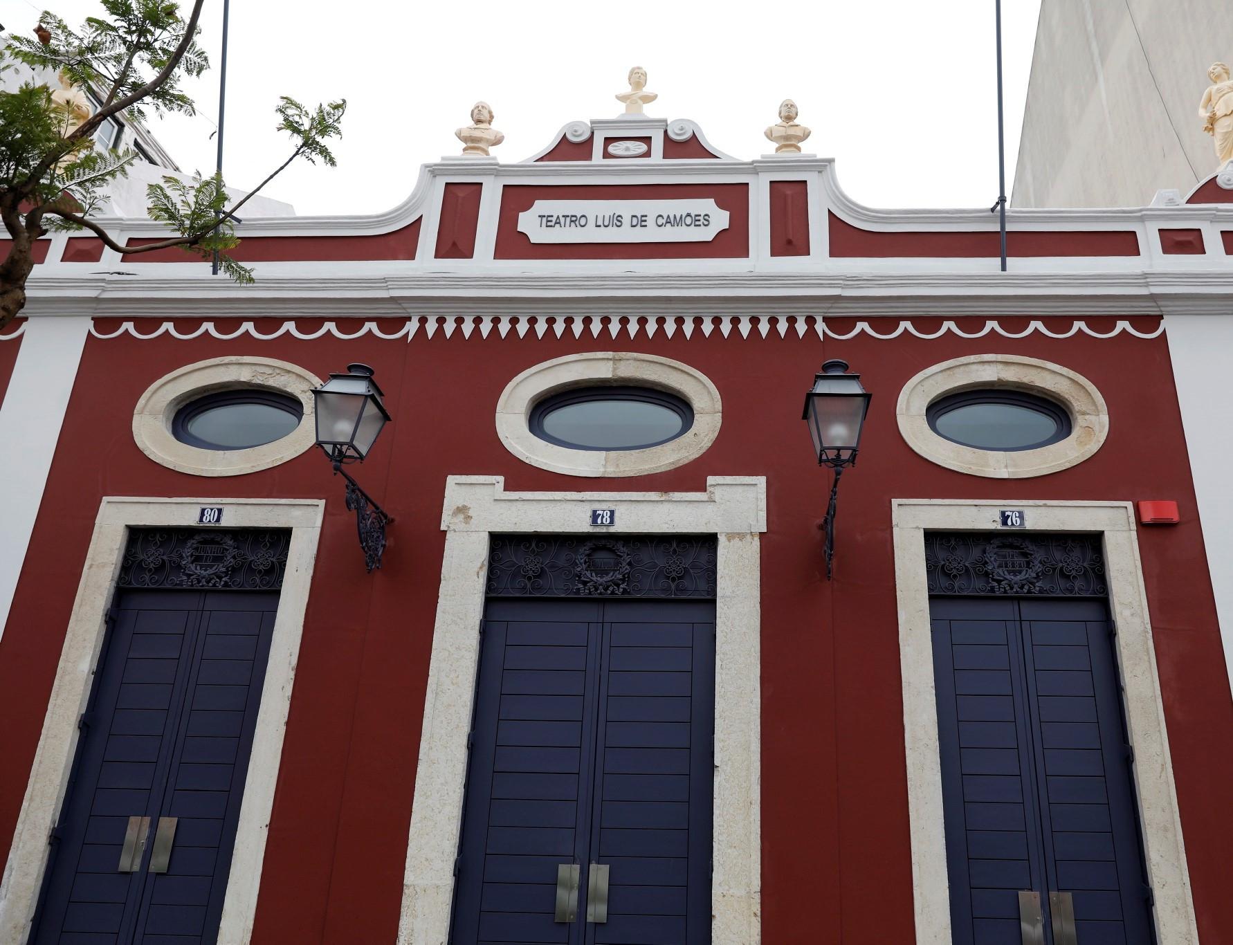 2048_MB Teatro LuisCamoes 01.jpg