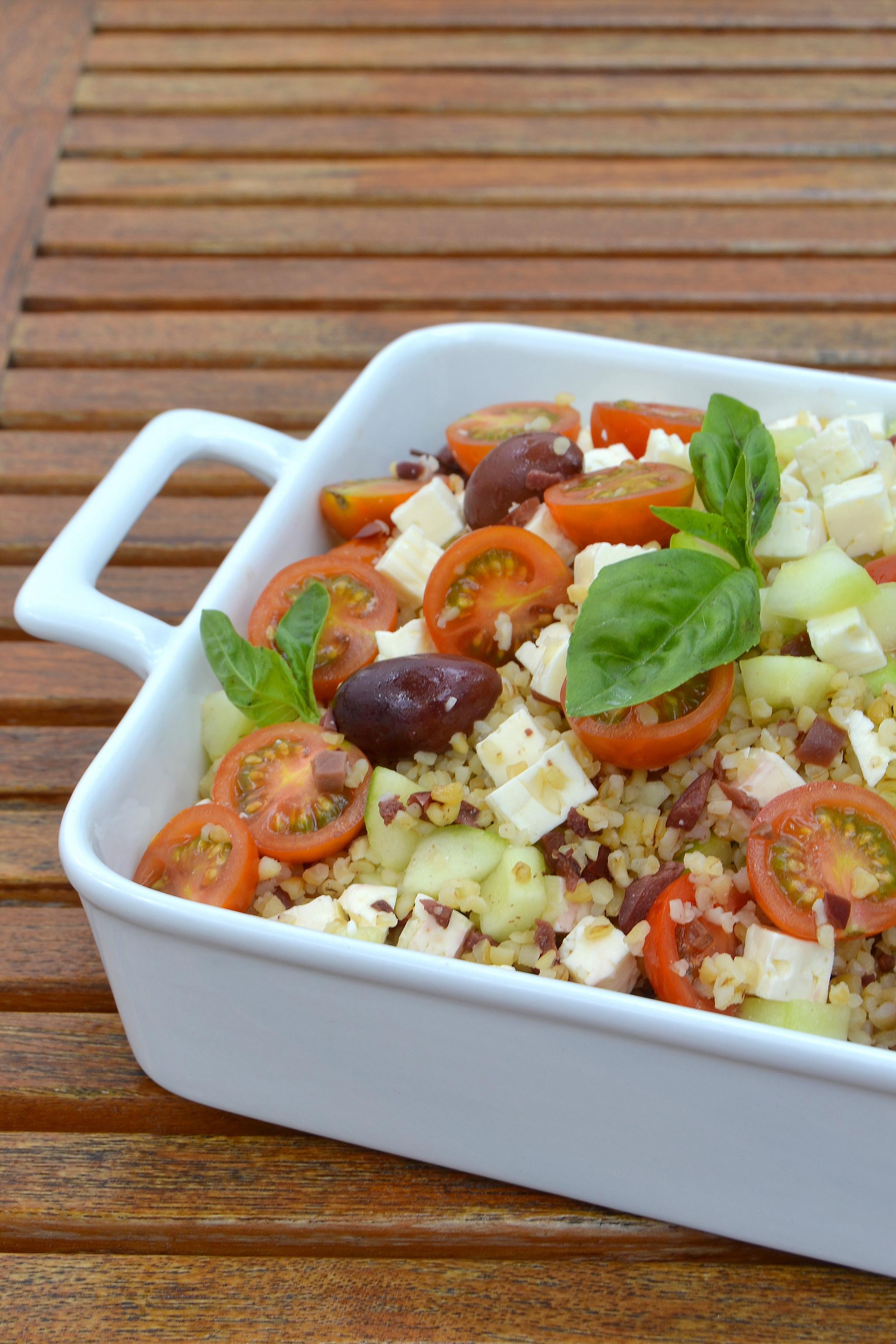 Salada de Bulgur com Queijo Feta, Pepino e Azeitonas(ENT_ID=937.jpg