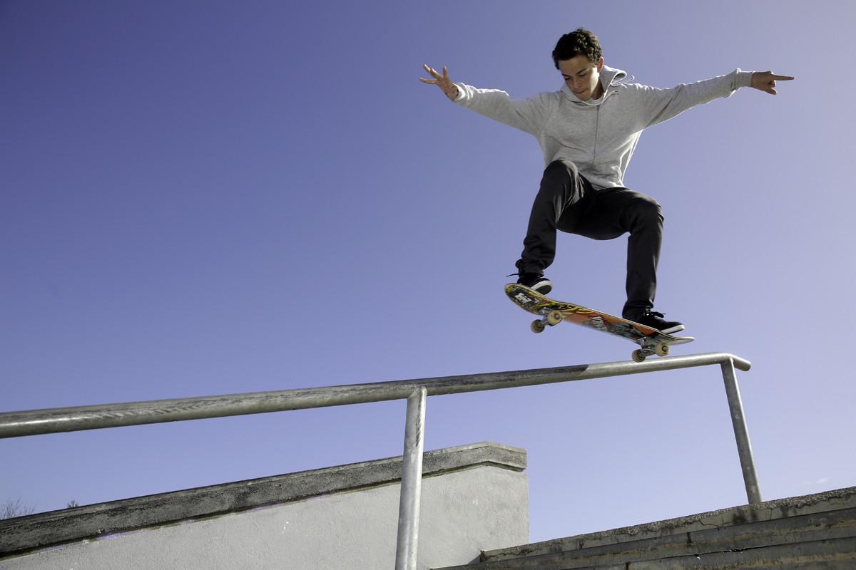 1200-skate.jpg
