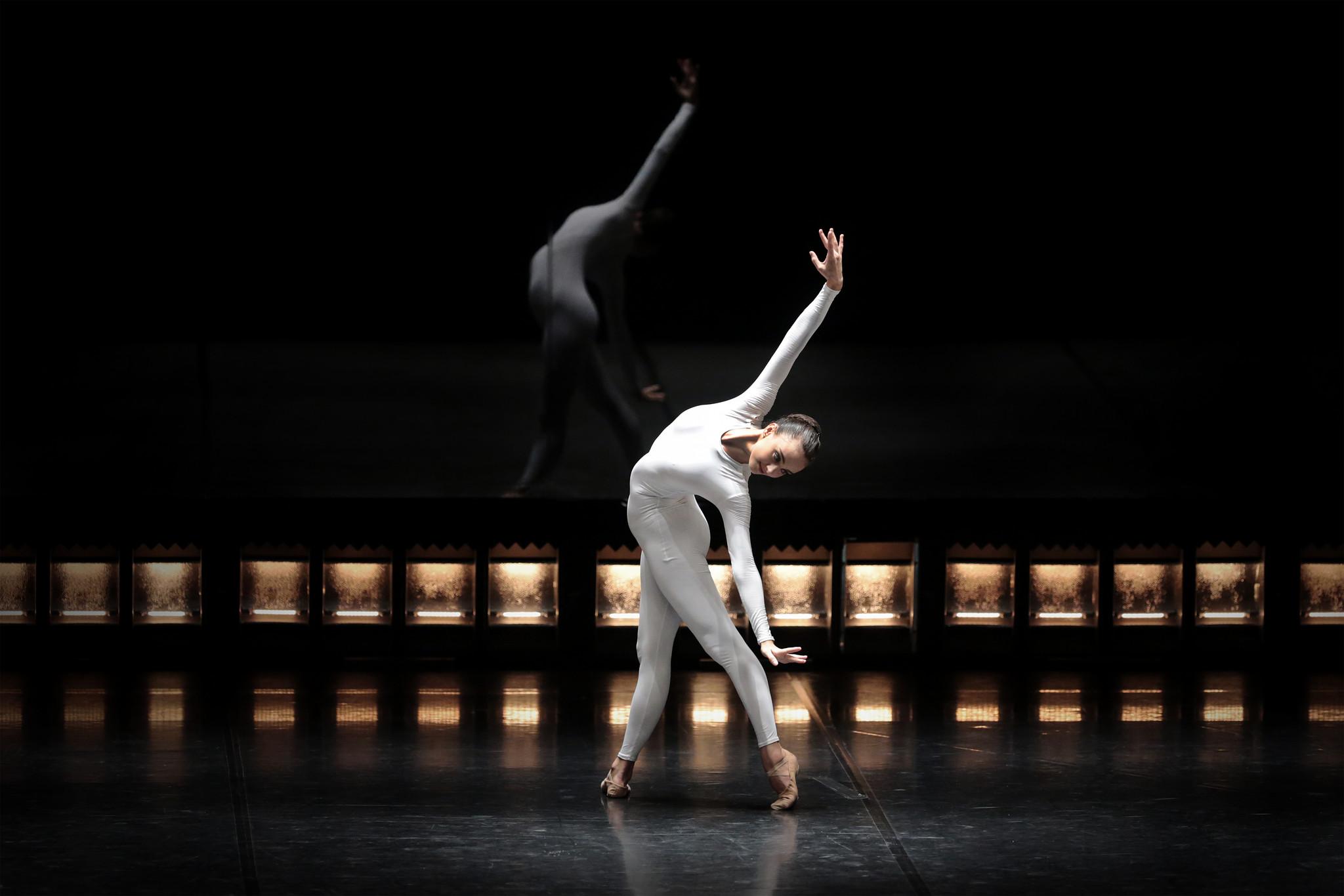045_quinze bailarinos e tempo incerto_-®brunosimao_.jpg
