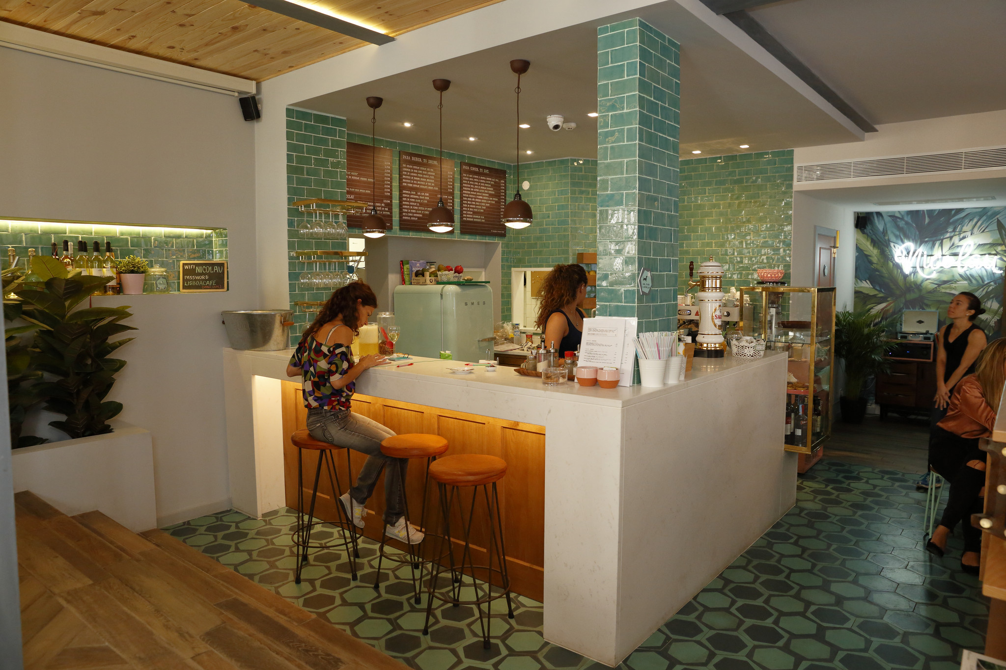 MJ cafetaria  Nicolau 03.JPG