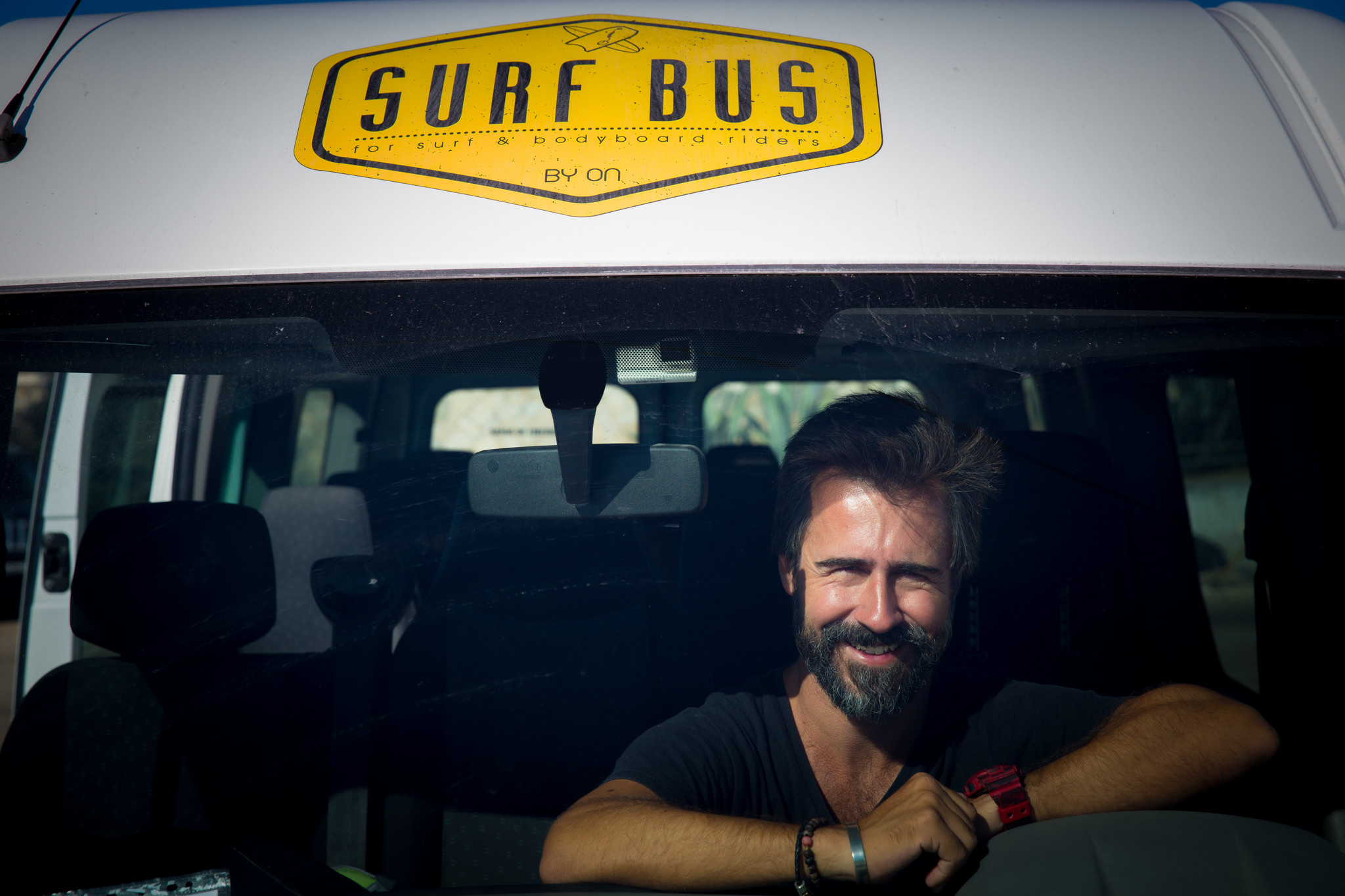 lb surf bus 28-09-16 6908.jpg