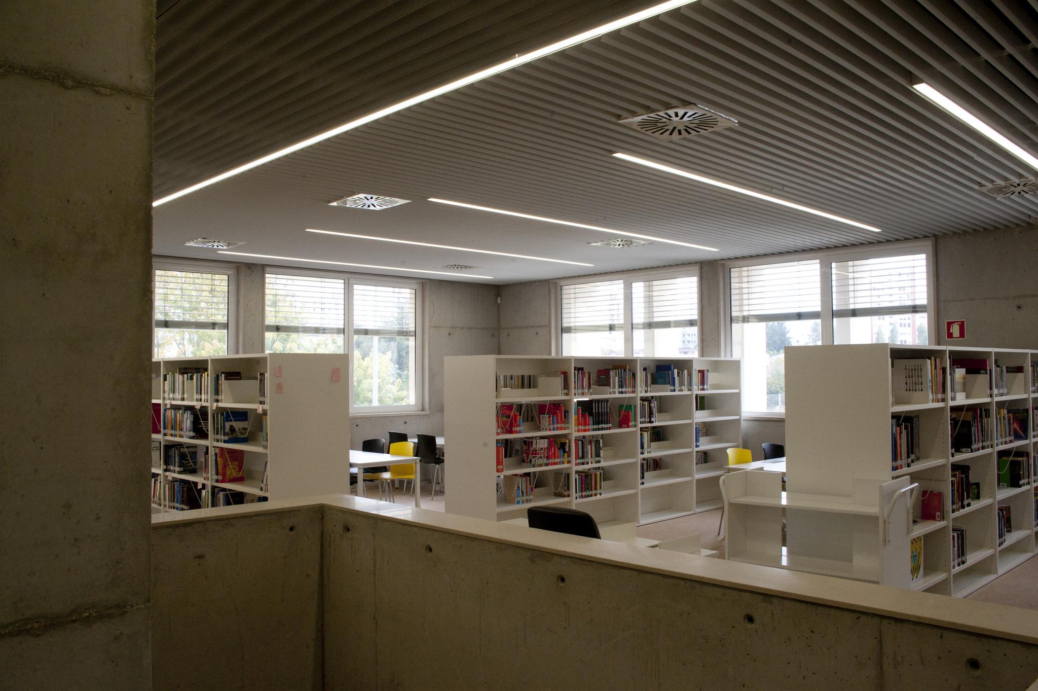 abr_biblioteca_marvila_014.jpg