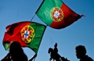 Os portugueses piores do mundo, por Ricardo Araújo Perreira