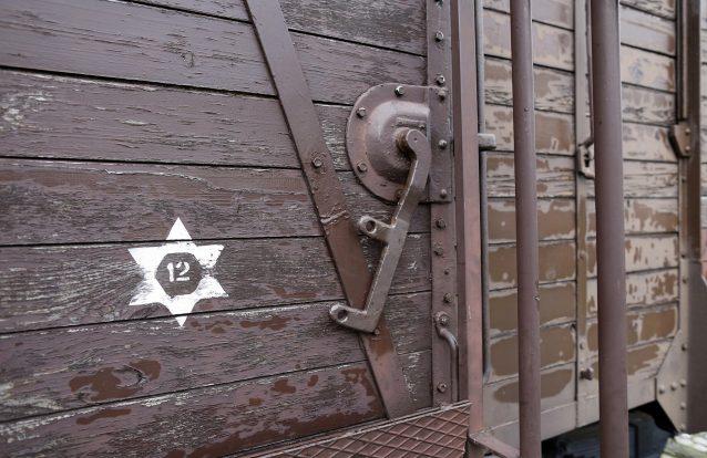 Tribunal alemão insiste: Negar o Holocausto não se enquadra na liberdade de expressão
