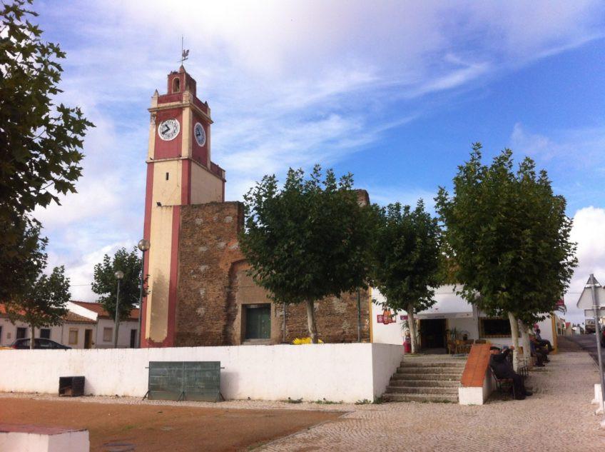 Torre-do-Relógio-Amareleja-848x633.jpeg