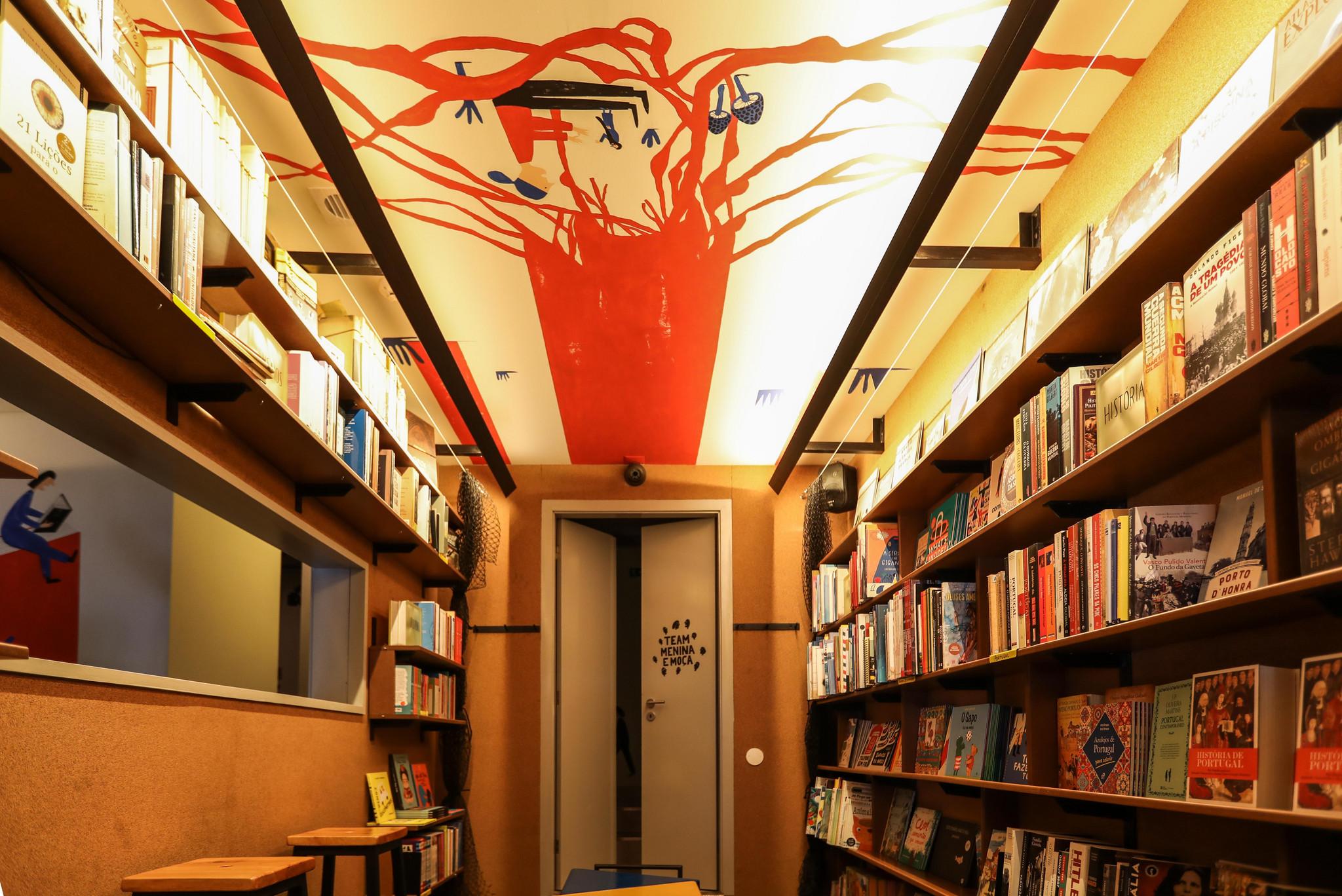LM- livraria-bar Menina e Moça_-7.jpg