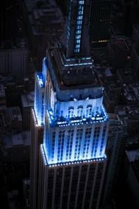 Esta noite os monumentos nacionais vão iluminar-se de azul