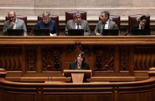 """Catarina Martins diz que mudanças não serão feitas com """"equilibrismos parlamentares sem fôlego"""""""