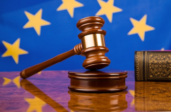 European-Union-EU-flag-gavel-justice-600x395.jpg