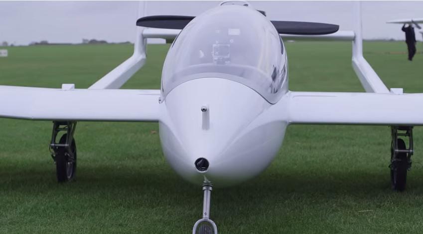 Avião híbrido.png
