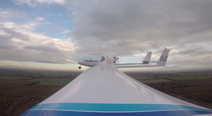 Avião híbrido 4.png