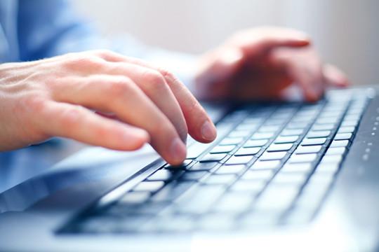 Keyboard-close-up.jpg