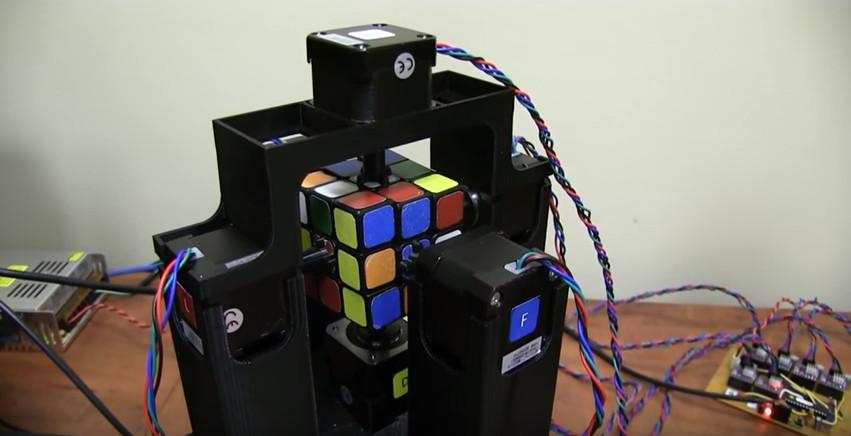 Cubo Rubik.png