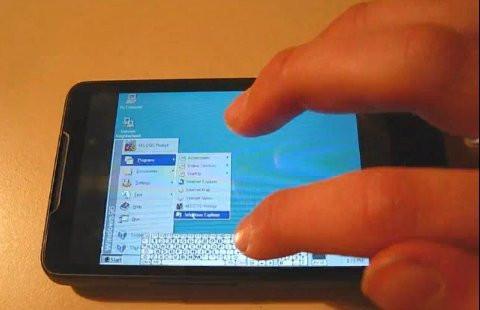 O HTC HD2 já tinha sido utilizado como plataforma para executar o Windows 95