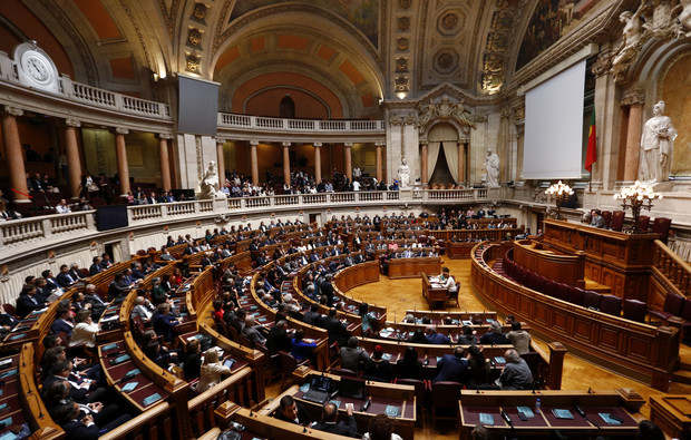 2015-11-09-Parlamento-Assembleia-da-Republica.jpg
