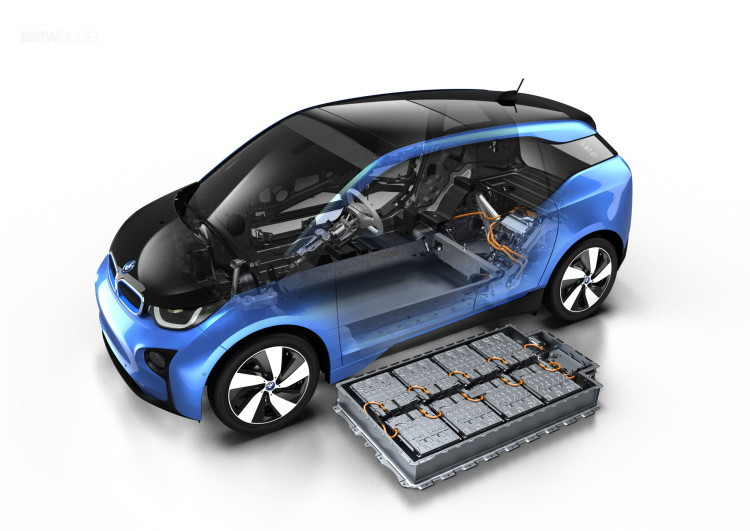 BMW-i3-Protonic-Blue-11-750x531.jpg