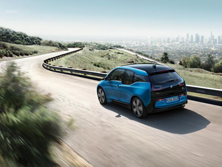 BMW-i3-Protonic-Blue-15-750x562.jpg