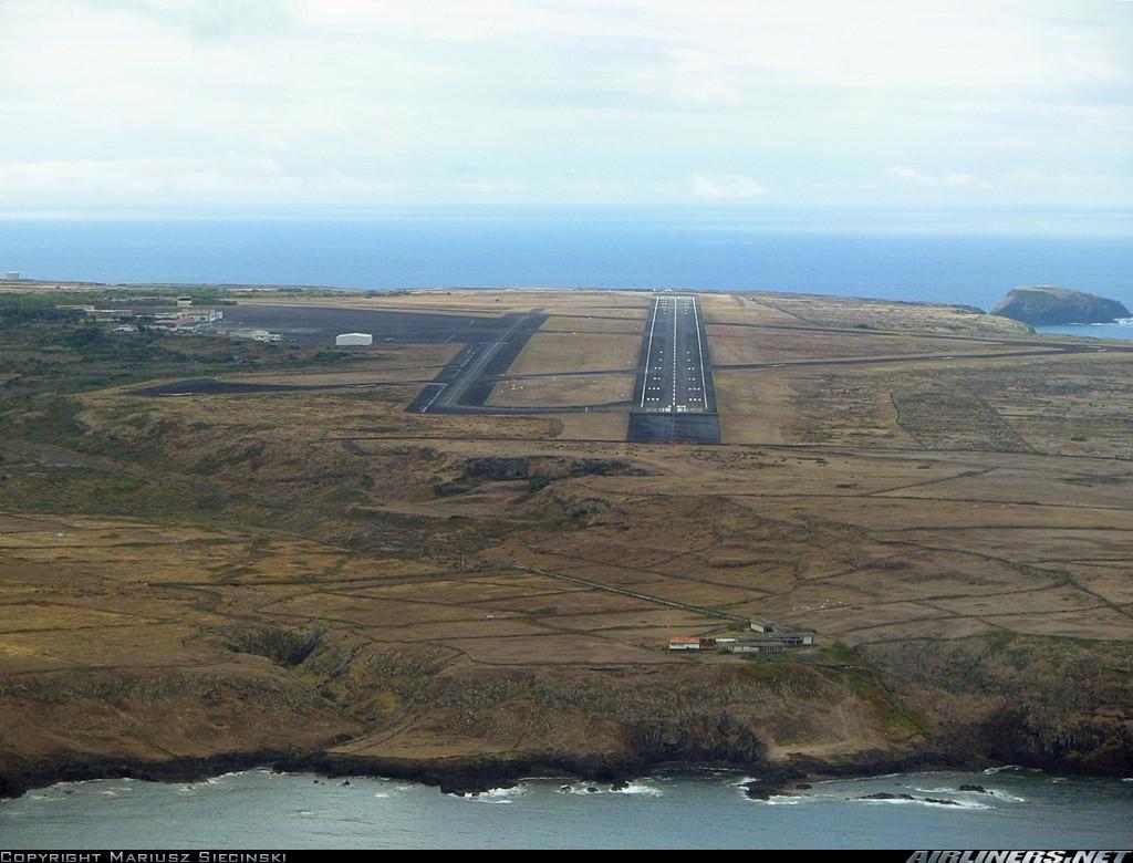 Pista_AeroportoSantaMaria.jpg