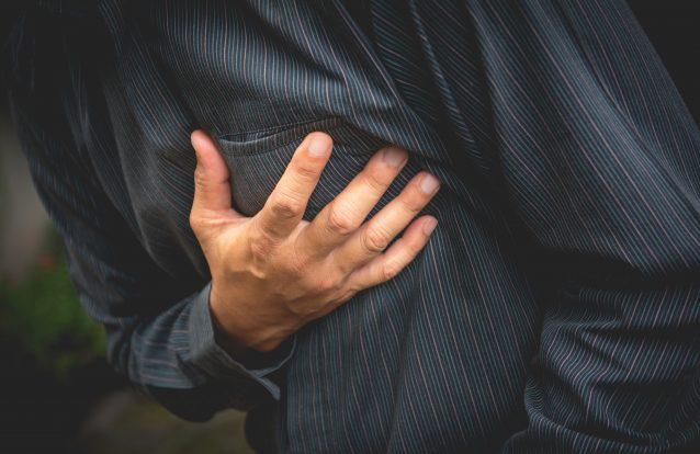 Aos 25 anos, o colesterol já dá pistas sobre futuros ataques cardíacos, indica estudo