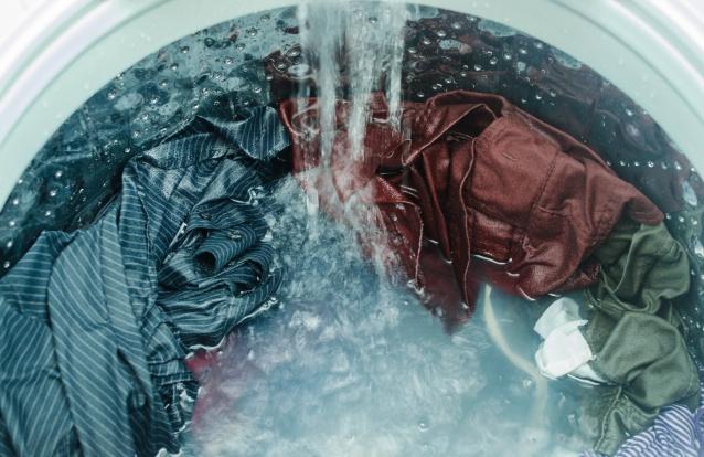 Estudo comprova que a lavagem a 25ºC é a melhor para o Ambiente. E para a roupa?
