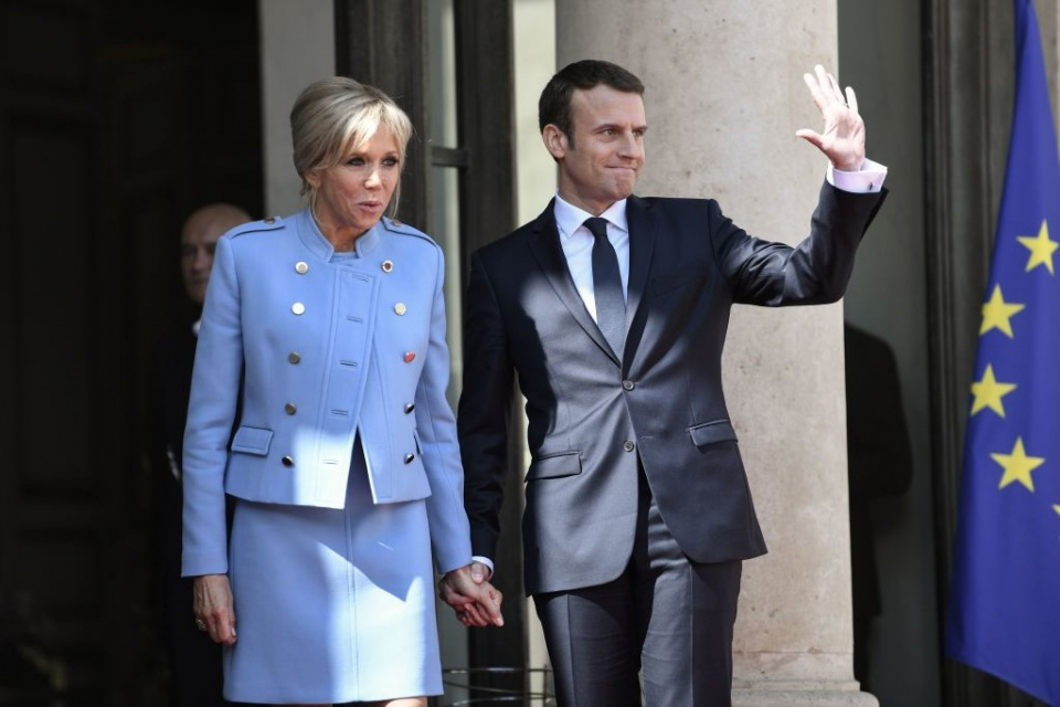 Caras Emmanuel Macron Toma Posse Como Presidente De Franca