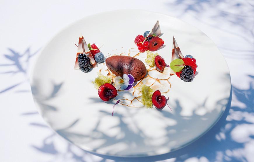 Parfait-de-chocolate-com-chocolate-e-bagas.jpg