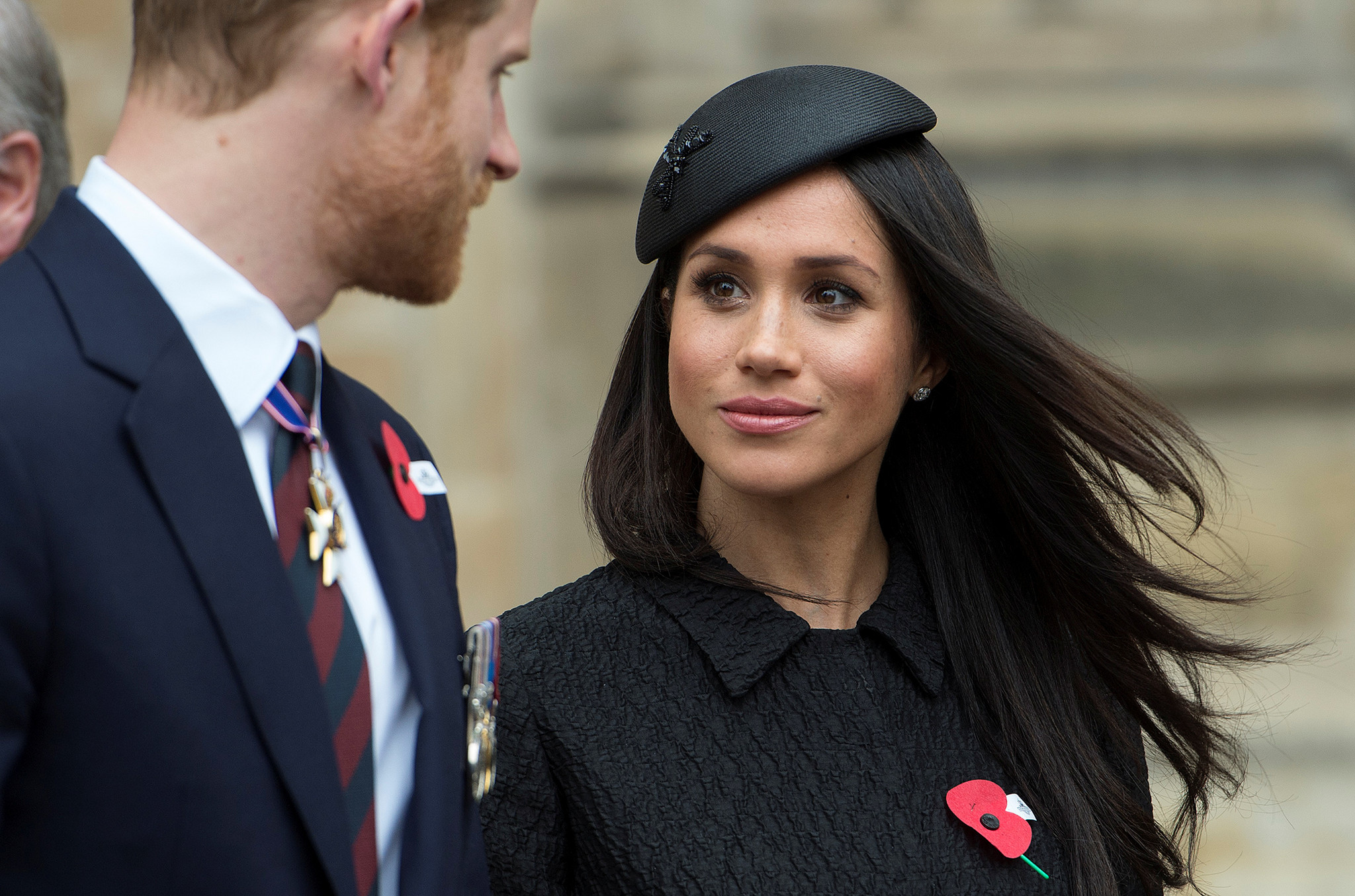 2018-04-25T145211Z_1169290730_RC1EE88D27F0_RTRMADP_3_ANZAC-DAY-ROYALS.JPG