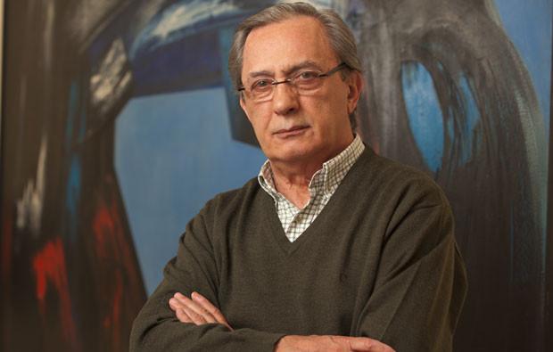 Carlos Cruz.jpg