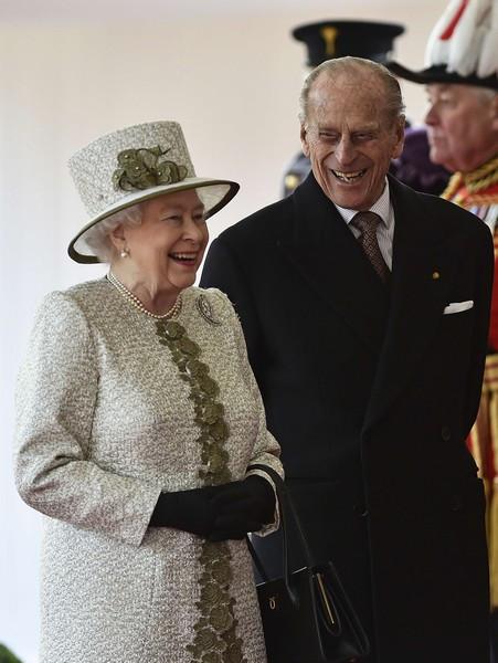 11 Rainha Isabel II e príncipe Philip.jpg