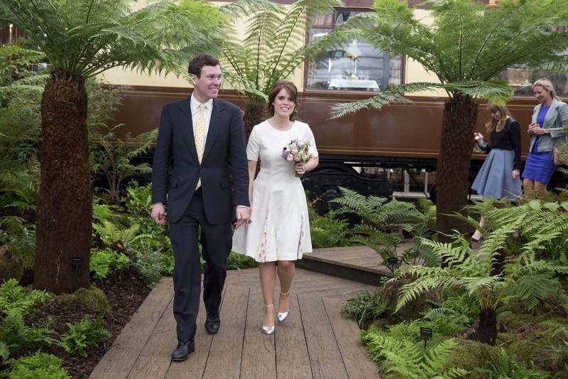 10 Jack Brooksbank e princesa Eugenie.jpg