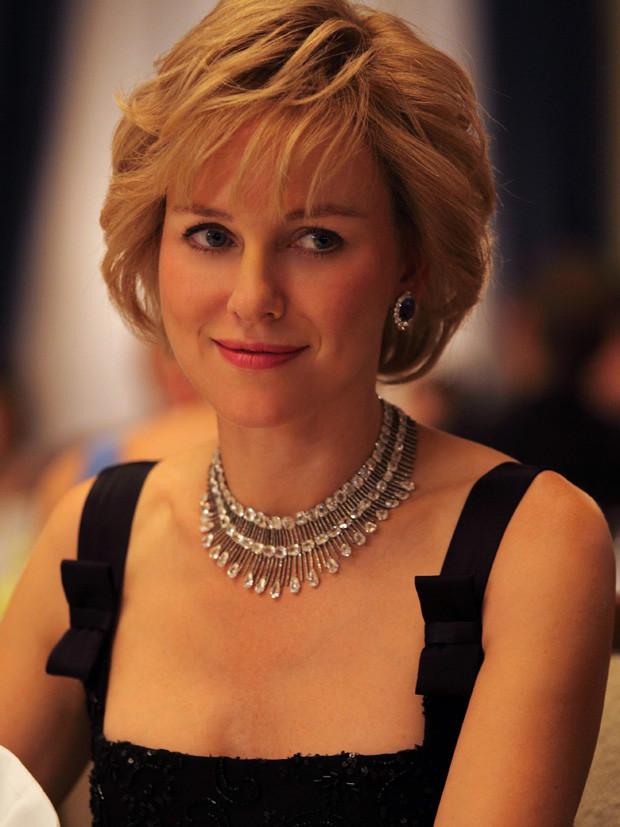 Naomi Watts no papel de princesa Diana.jpg
