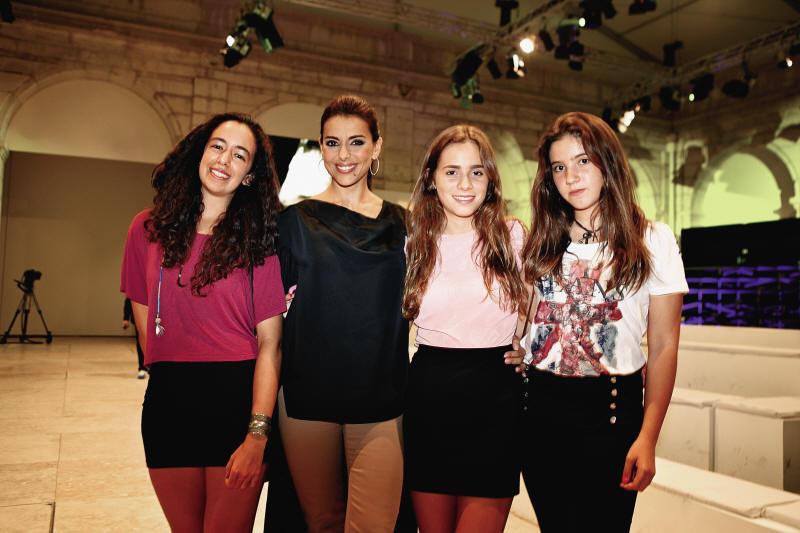 Sara Moita, Catarina Furtado e a enteada, Maria, e Alice Ribeiro.jpg