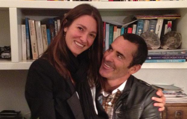 Nicole Macias e Garrett McNamara.jpg