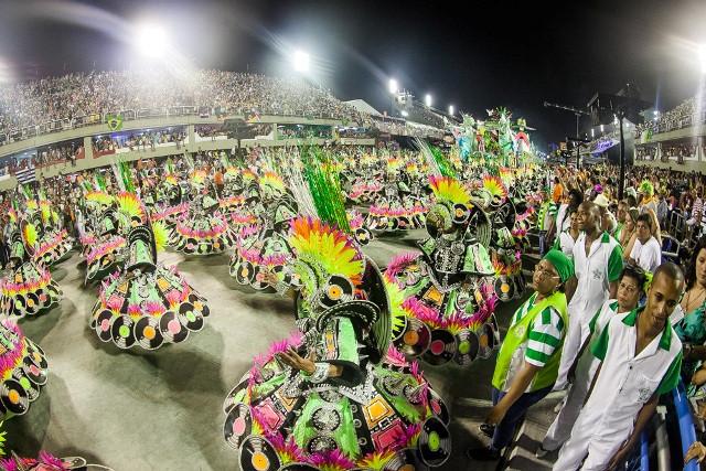 Desfile Rock in Rio_baixaresolucao.jpg