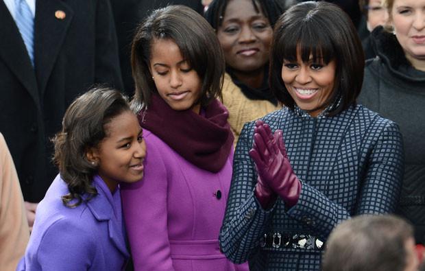 Sasha, Malia e Michelle Obama.jpg
