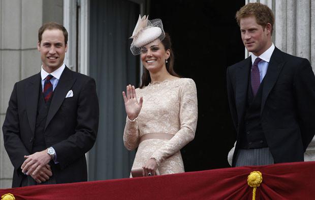 William, Kate e Harry.jpg