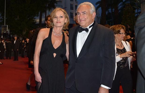 Dominique Strauss-Kahn e Myriam L'Aouffir.jpg