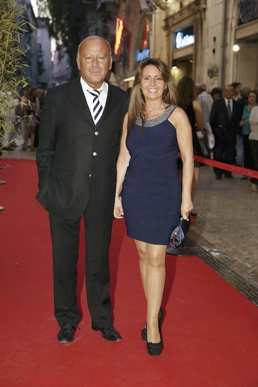 Serenella Andrade com o marido, José Carlos Antunes.jpg