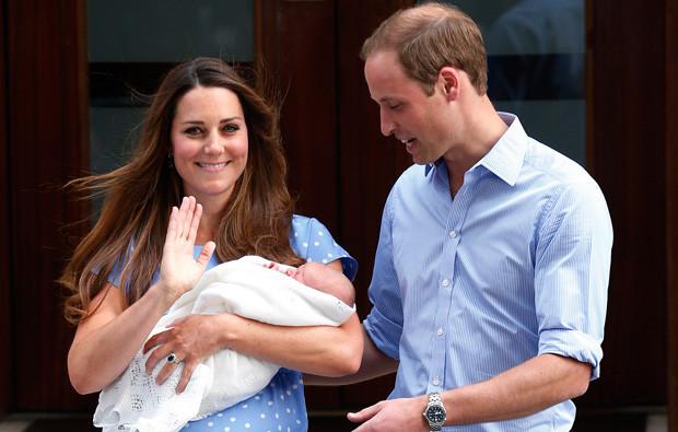 Kate e William com o filho, George.jpg