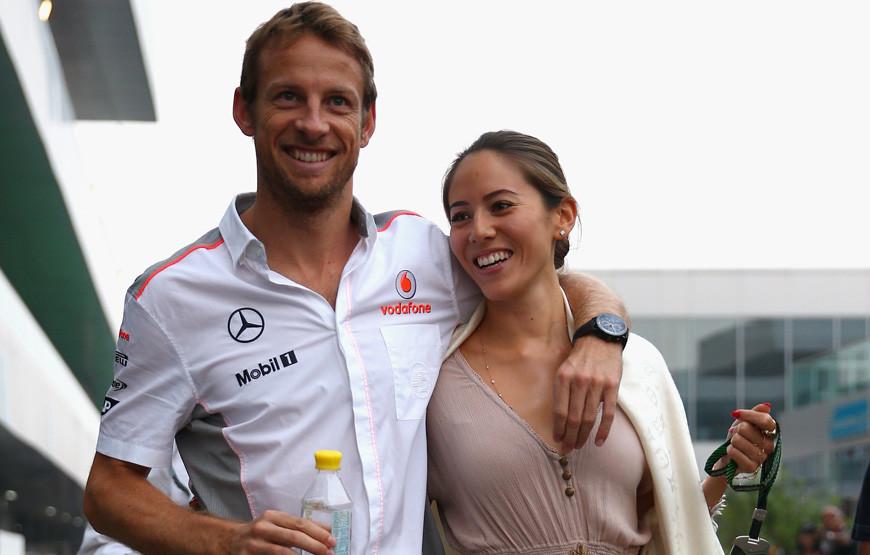 Jenson Button e Jessica Michibata.jpg