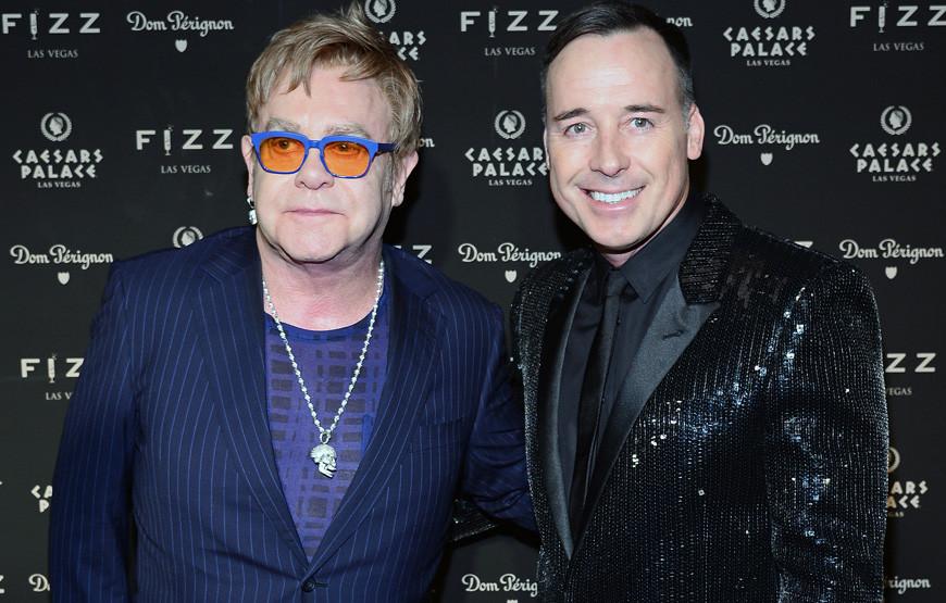 Elton John e David Furnish.jpg
